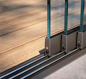 Glassroom slide door