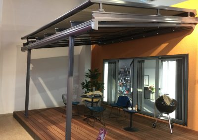 Weinor Terrazza with Weinor WGM Roof Blind
